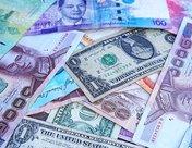 泰铢汇率创6年多新高 泰国央行考虑采取更多措施遏制