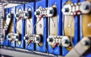 是什么撬动了全球电池储能市场