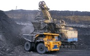 Dalian iron ore rose on supply concerns