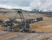 中石油发现鄂尔多斯十亿吨级大油田 四川盆地超万亿方页岩气区