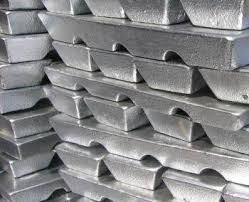 Preholiday stockpiling, low stocks buoy SHFE zinc prices