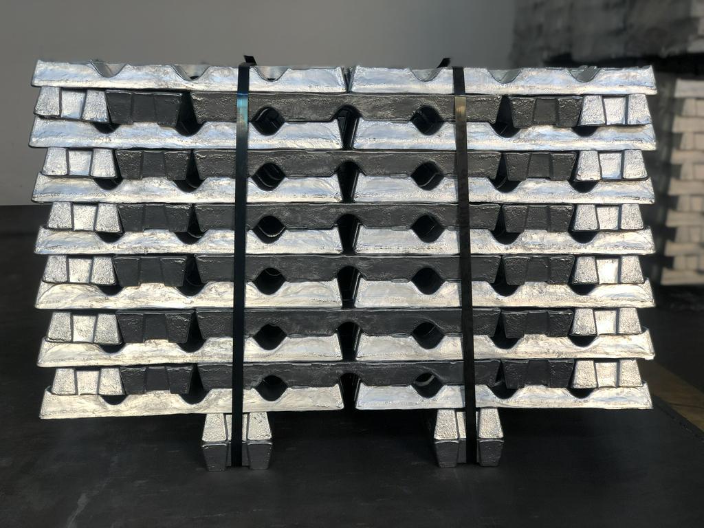 长期供应Zamak3锌合金锭