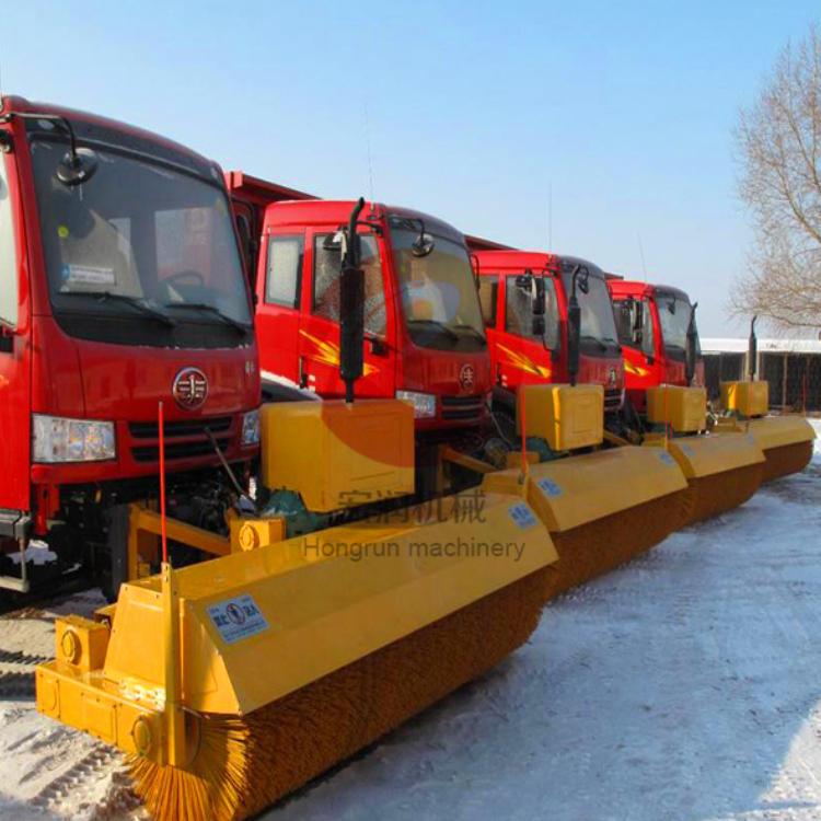 供应手推式小型清雪机 宏润座驾式除雪机型号