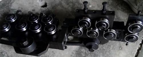 空心 管材矫直机钢管校直器管材拉直机