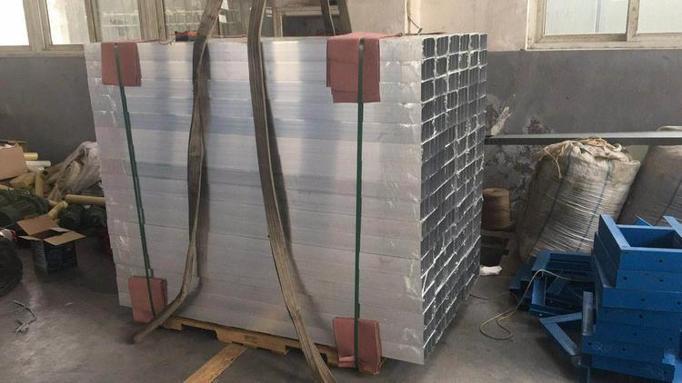 专业挤压铝型材