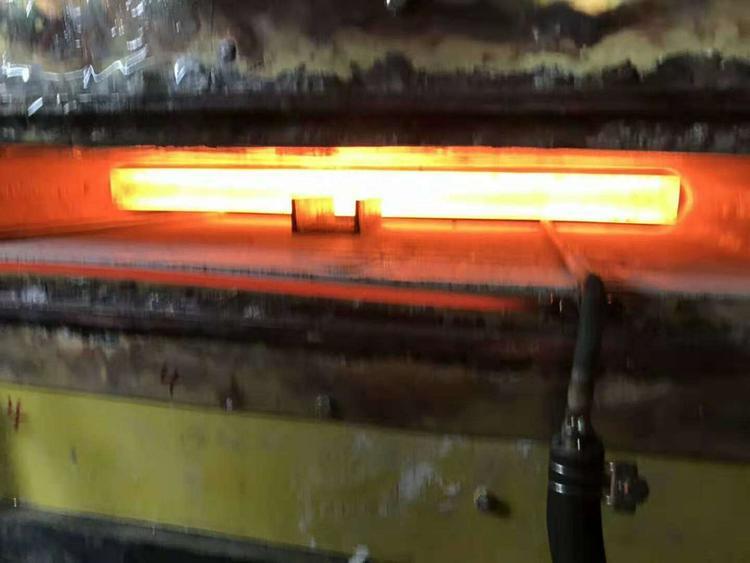 绵阳铁路轨道淬火设备高频淬火炉超锋型号很齐全