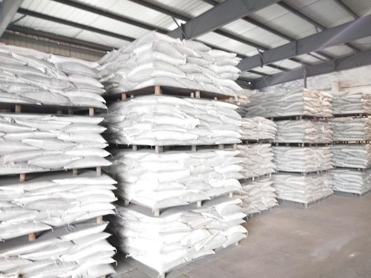 弥勒锌鑫长期出售电炉锌粉,量大从优。电话13577077043