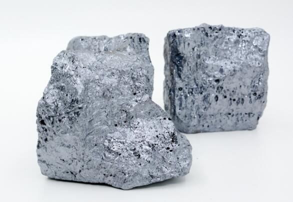 金属硅3303