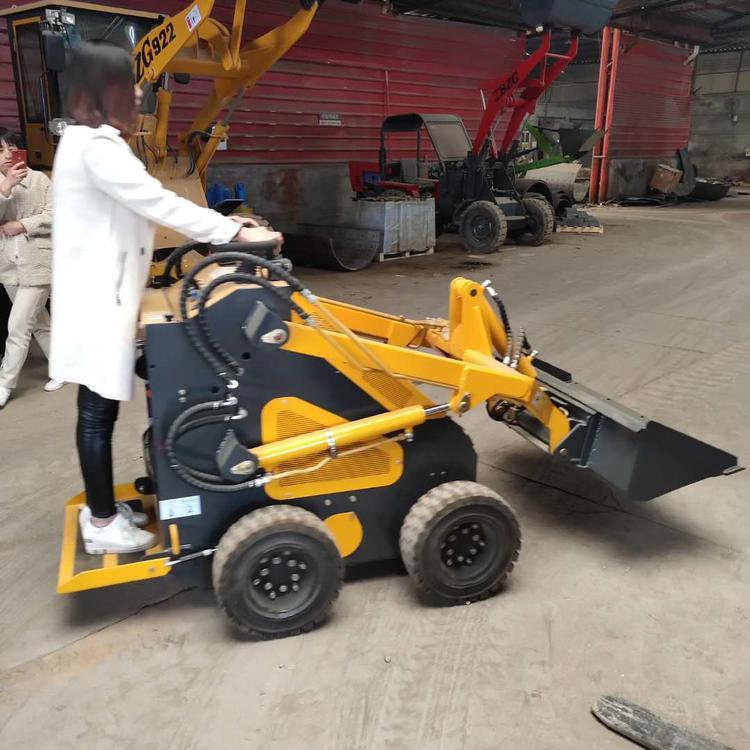 厂家直销室内用无噪音装载机节能履带滑移装载机