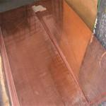 黄铜管融众多优点于一身,具有一般金属的高强度,同时又比一般金属易弯曲、易扭转、不易裂缝、不易折断,并具有一定的抗冻胀和抗冲击能力,因此建筑中供水系统里的铜水管一经安装,使用起来安全可靠,甚至无需维护和保养。 黄铜管还具有质地坚硬,不易腐蚀,且耐高温、耐高压的特点,可在多种环境中使