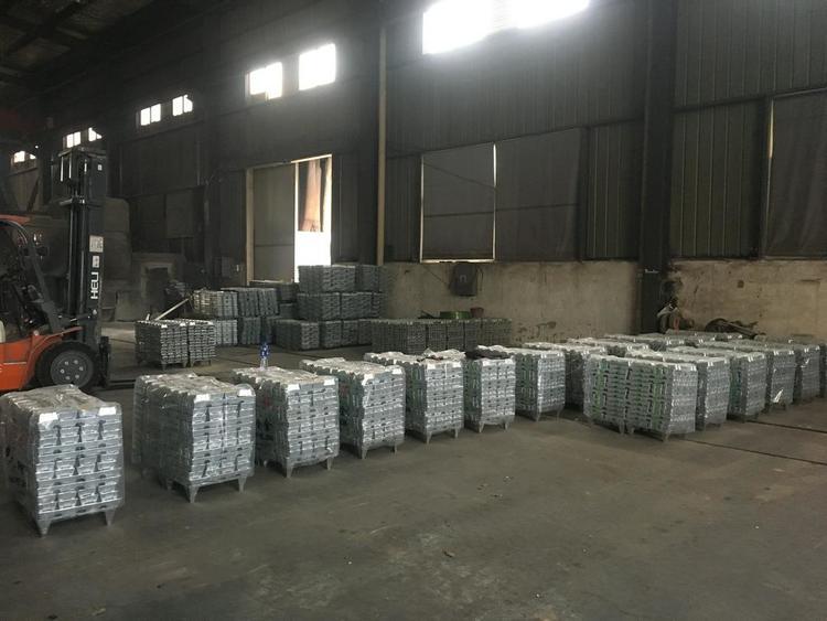 长期供应各种牌号环保压铸锌合金锭,量大从优,欢迎点击