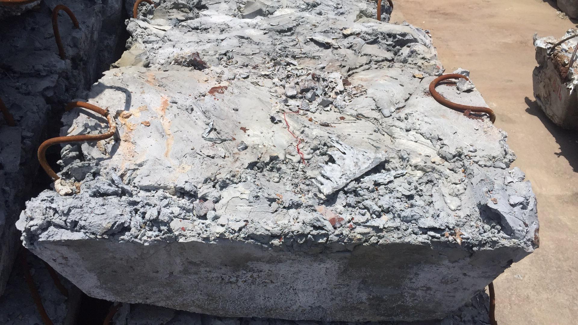 长期出售锌粉、粗锌(锌渣)、粗氧化锌(黄灰)、废钢铁等有需要的可联系13757293268微信同号!欢迎咨询合作。