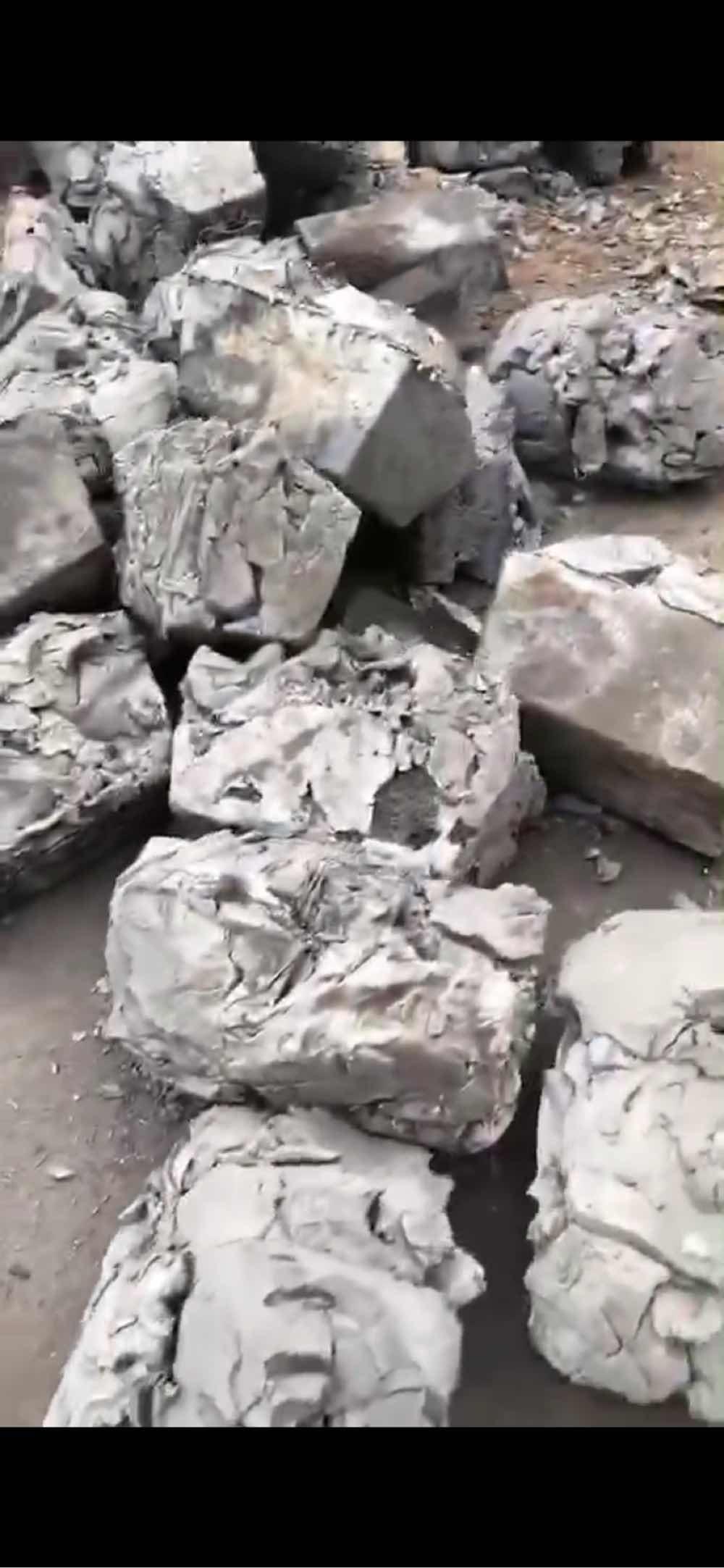 博凯锌业收购及销售低铅铁塔渣(1000吨左右/月)